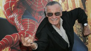 Mor Stan Lee, el geni que va donar dimensió humana als superherois