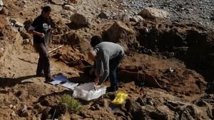 Sitges descobreix una necròpolis romana a la platja de L'Atlàntida