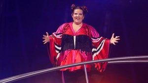 La cantante de Israel Netta, durante su interpretación de la canción Toy en el Festival de Eurovisión celebrado en mayo en Lisboa.
