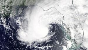 La tempesta 'Alberto' obliga a evacuar milers de persones a Florida