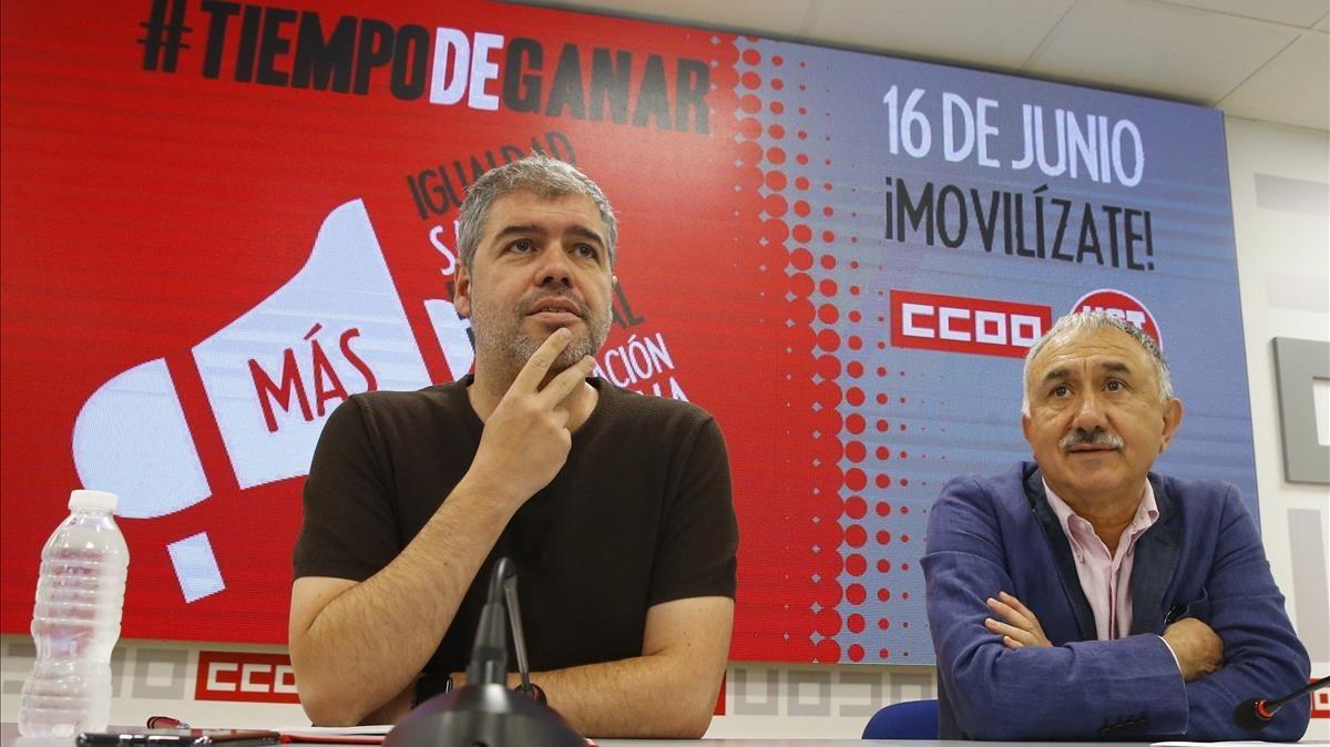 Los secretarios generales de CCOO y UGT, Unai Sordo y José María Álvarez, durante la rueda de prensa ofrecida este martes para presentar las movilizaciones en toda Españapara el sábado16 de junio.