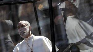 John Malkovich en el rodaje de The new Pope. 2019.