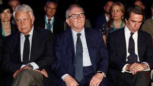 Felipe González, Eduardo Serra y José María Aznar.