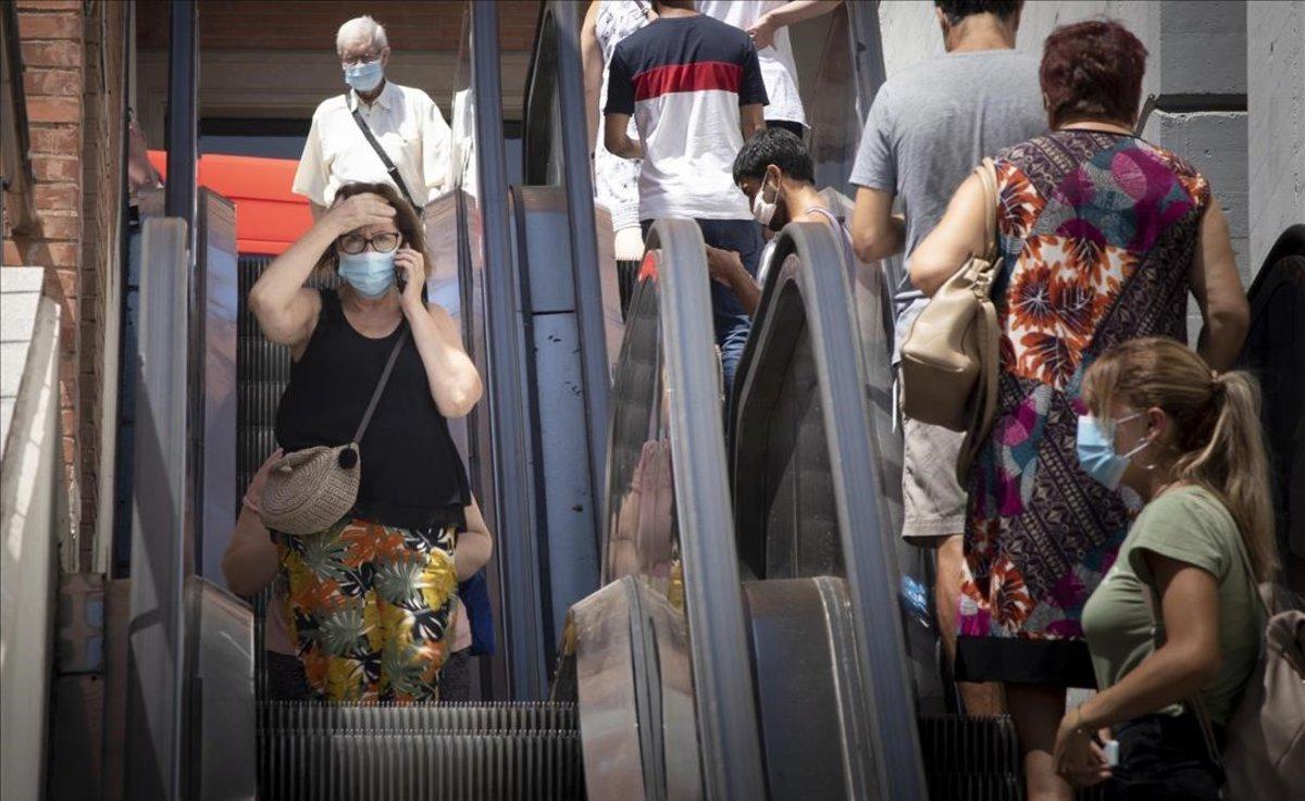 Catalunya supera els 100.000 contagis per Covid i en suma 1.243 en un dia