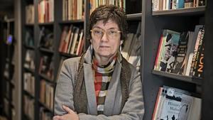 Antònia Carré-Pons, que publica el volumen de relatos sobre la vejez Com sesbrava la mala llet.