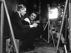 Federico Fellini (derecha) con Marcello Mastroianni, enel rodaje de 'Ocho y medio'.