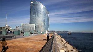 Barcelona inaugura el nou passeig del Trencaones