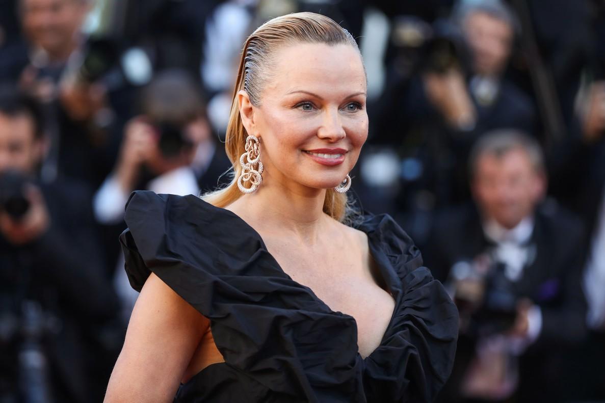 La actriz canadiense Pamela Anderson, en el festival de Cannes, en mayo del año pasado.