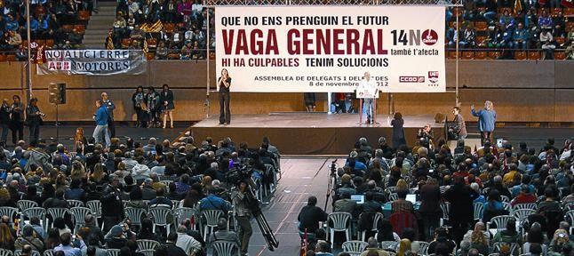 Asamblea celebrada en Barcelona el viernes pasado para informar de la huelga general del miércoles.