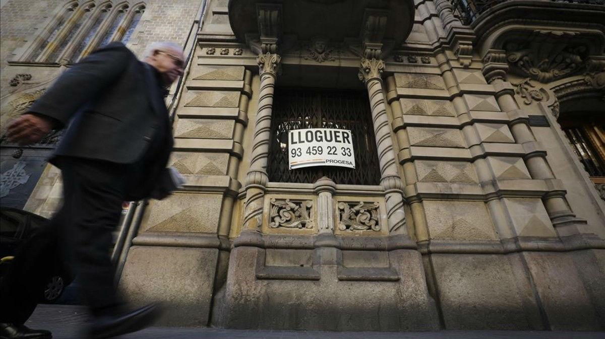 Un bloque de pisos de alquiler, en Barcelona.
