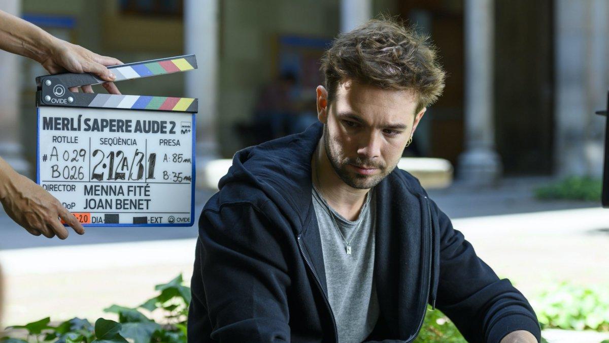 Carlos Cuevas en la grabación de la segunda temporada de 'Merlí: Sapere Aude'.