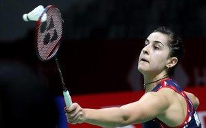 Carolina Marín, en acción, en la semifinal frente a la china He Bing Jao