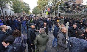 Concentración de mossos frente a la Conselleria de Interior.