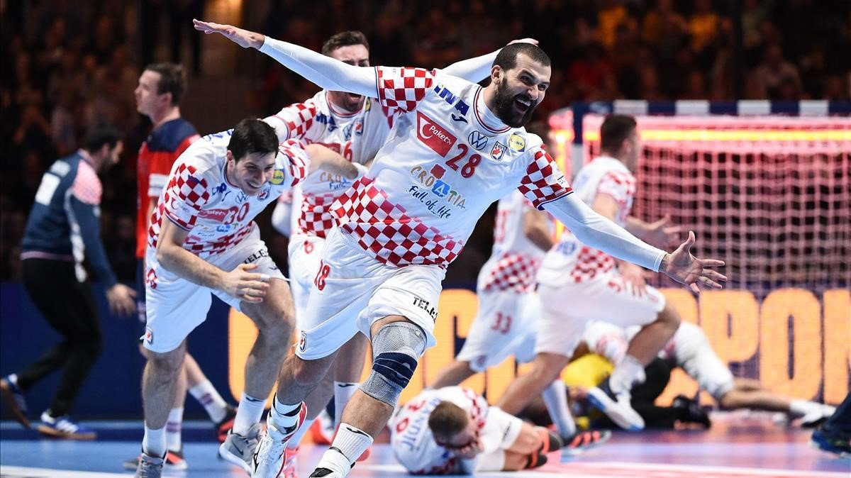 El croata Zeljko Musa, autor del último gol, celebra el pase a la final.