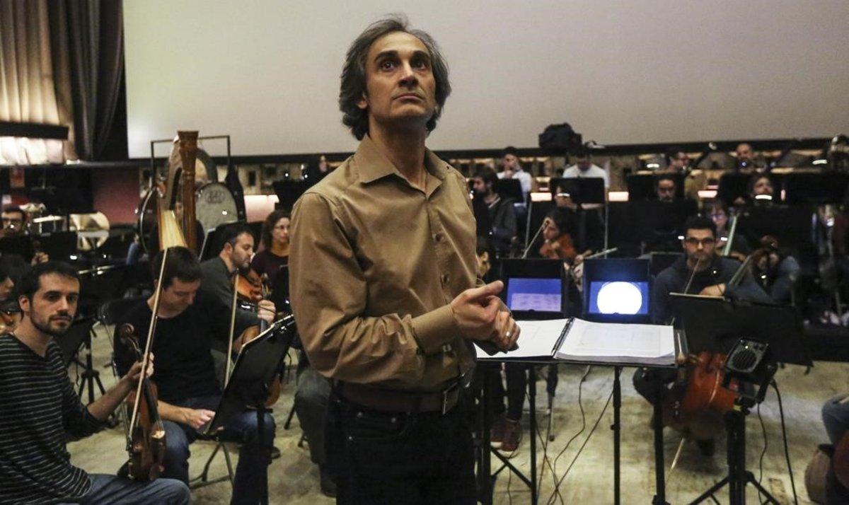 El directorAnthony Gabriele, al frente de la Orquesta Sinfónica Camera Musicae.