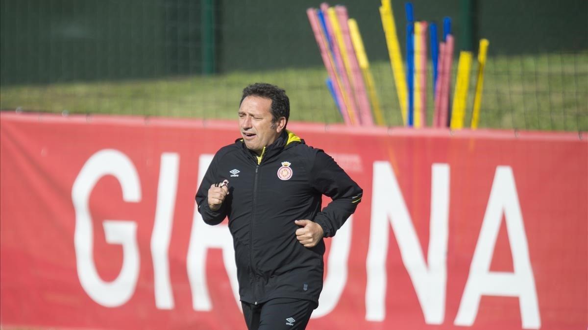 Eusebio Sacristán, en un entrenamiento del Girona.