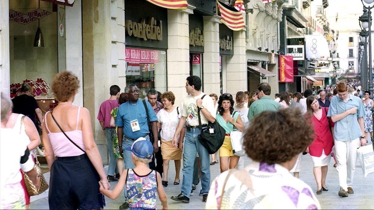 Estampa del Portal de lÀngel, aquel verano de 1992.