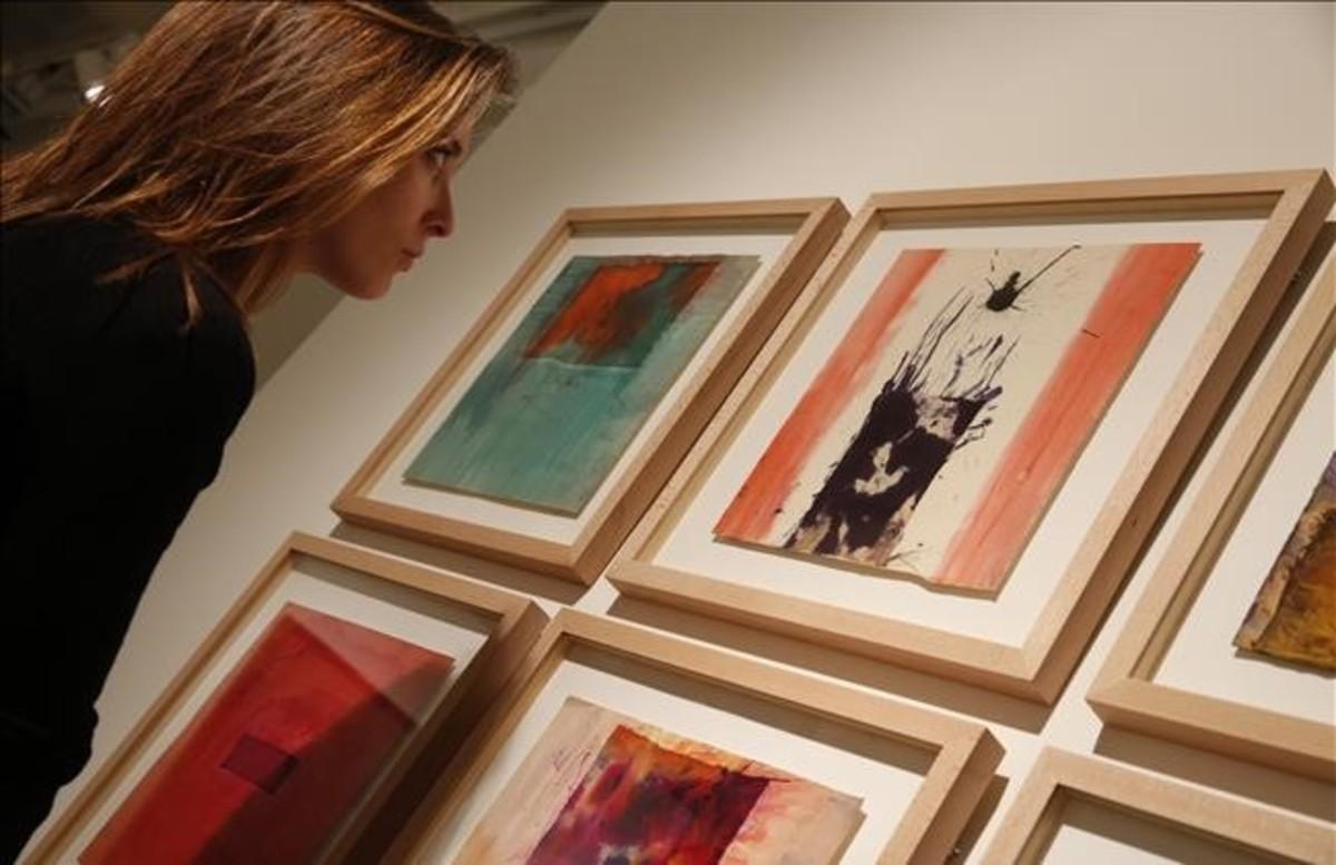 El informalismo era austero en cuanto a colores, la excepción: Lluís Bosch.