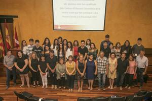 El homenaje del Ayuntamiento a los alumnos más brillantes de Rubí.