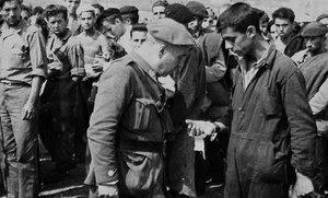Imagen de un campo de concentración franquista ubicado en Santander, aparecida en un libro de Javier Rodrigo