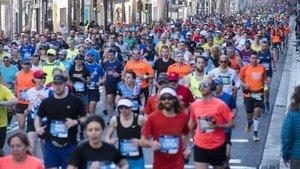 Imagen del Maraton de Barcelona en su primer kilometro de recorrido del año pasado.