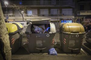 Contenedores de basura.