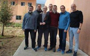 Jordi Sánchez, Oriol Junqueras, Jordi Turull, Joaquim Forn, Jordi Cuixart, Josep Rull y Raül Romeva posan dentro de la prisión de Lledoners.