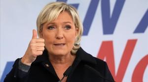 La líder del Frente Nacional, Marine Le Pen, en su 'rentrée' en Brachay, localidad del norte de Francia.