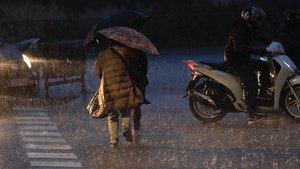 El cap de setmana arrenca estable però diumenge plourà