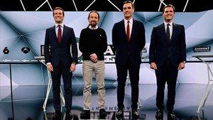 Los cuatro candidatos preparados para afrontar el debate de Atresmedia.
