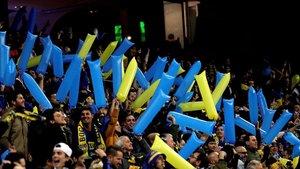 Los seguidores de Boca ya en el interior del Bernabeu.