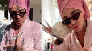 Mario Jefferson imitando a Rosalía en su viral vídeo en Instagram.