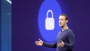 Mark Zuckerberg, anunciando las últimas novedades de Facebook, como el servicio Facebook Dating.