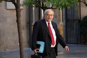 Mas-Colell se dirige a una reunión del Govern el pasado mes de agosto.