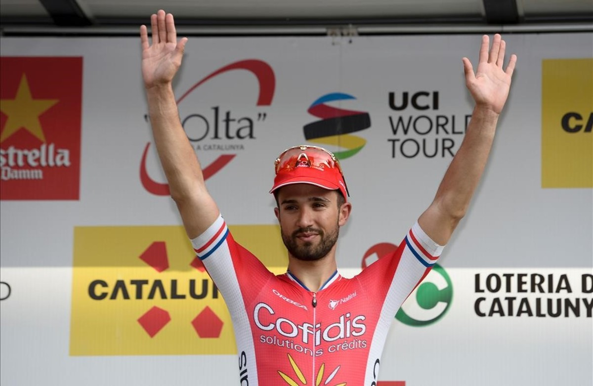 Nacer Bouhanni, en el podio de Calella de la Volta.