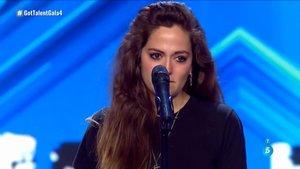 La niña del Tupé en el escenario de 'Got Talent 5'.