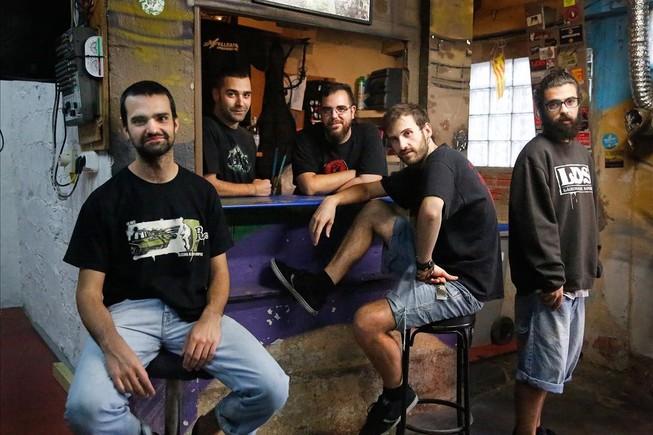 El grupo Lágrimas de Sangre, en el Ateneu Popular de Vallcarca.