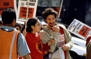 Adrien Brody protagoniza 'Pan y rosas'