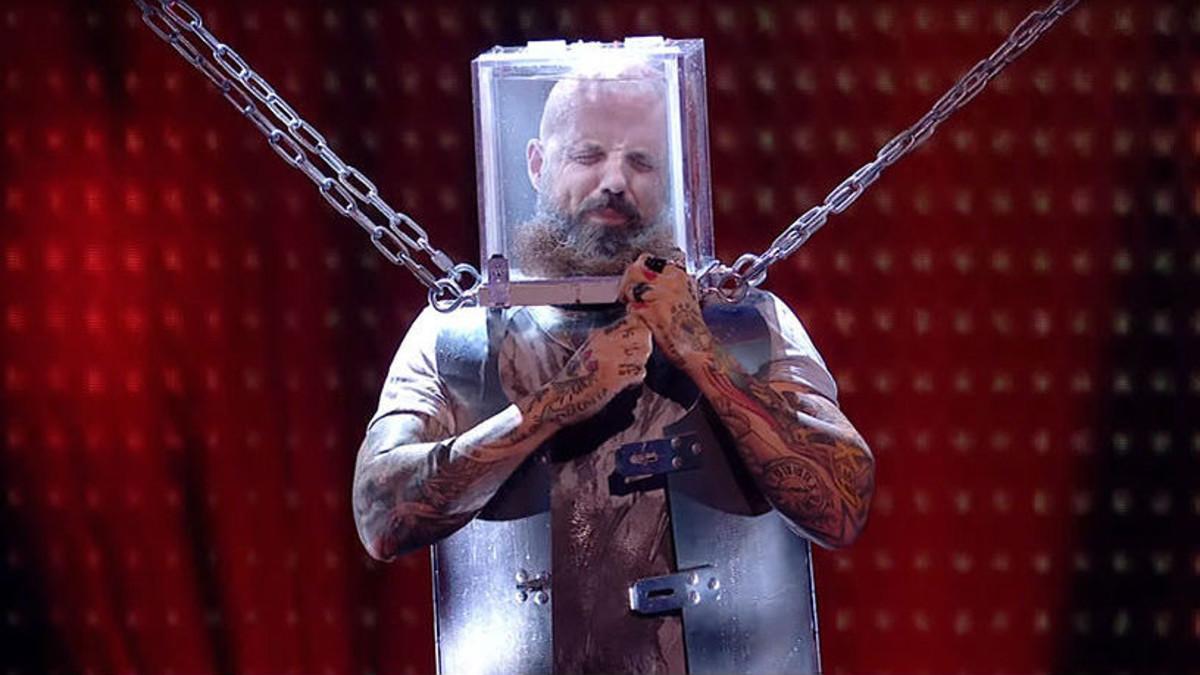 Momento en que Matt Johnson realizaba el reto en Britains Got Talent