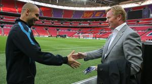 Pep Guardiola y Roland Koeman, en Wembley en el 2011.