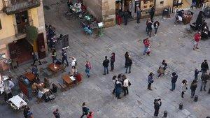 La plaza de Santa Maria del Mar, con 72 plazas, que el Ayuntamiento quiere reducir, en sus terrazas.