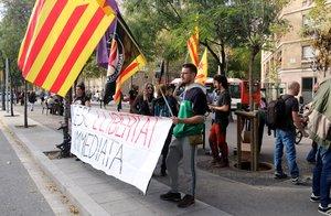 Protesta en apoyo de los detenidos en Terrassa y Barcelona.
