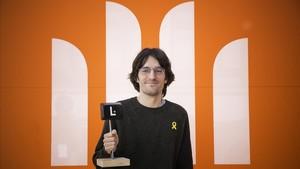 Raül Garrigasait, ganador del Premio Òmnium, por Els estranys