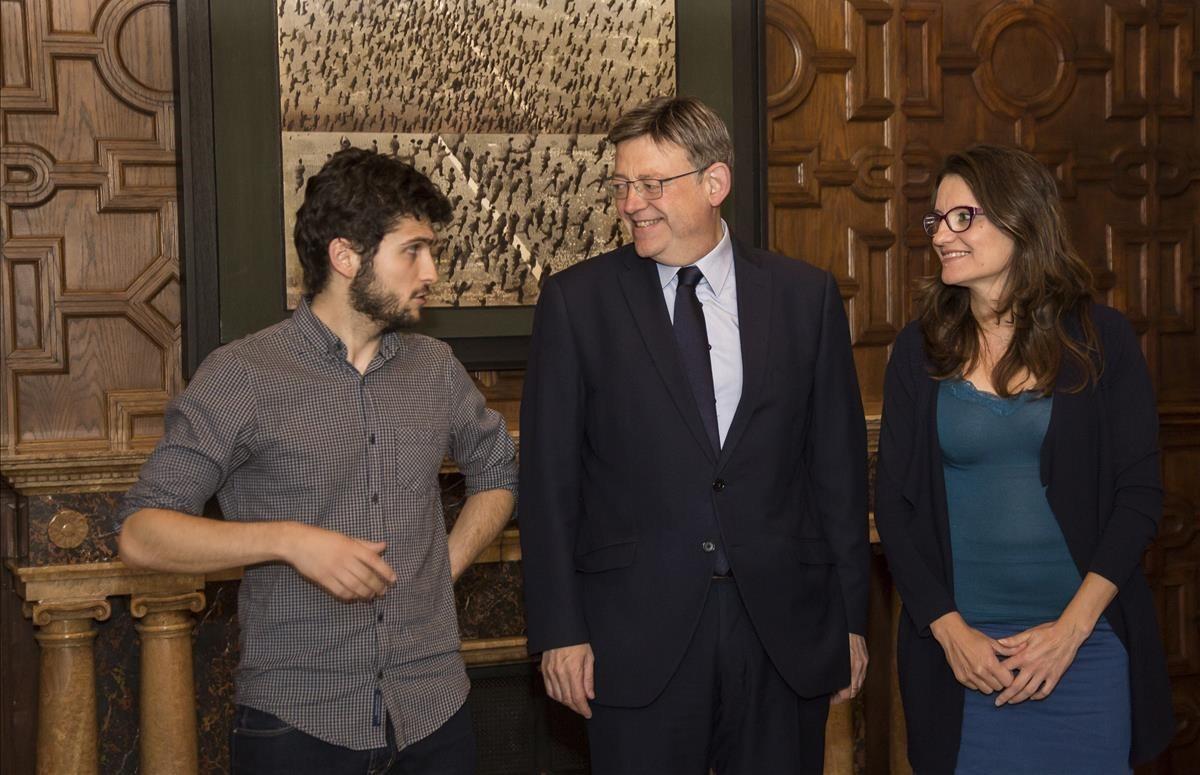 El presidente de la Generalitat Valenciana, Ximo Puig, la vicepresidenta Mónica Oltra y el líder de Podem en la Comunidad Valenciana, Antonio Estan.