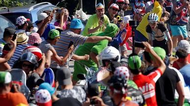 El Tour admite que estuvieron desbordados en Alpe d'Huez