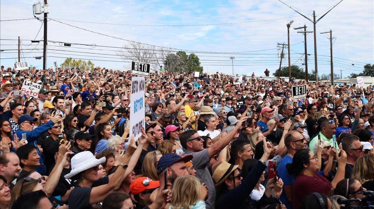 Hillary Clinton llama a decir basta a Trump en las urnas