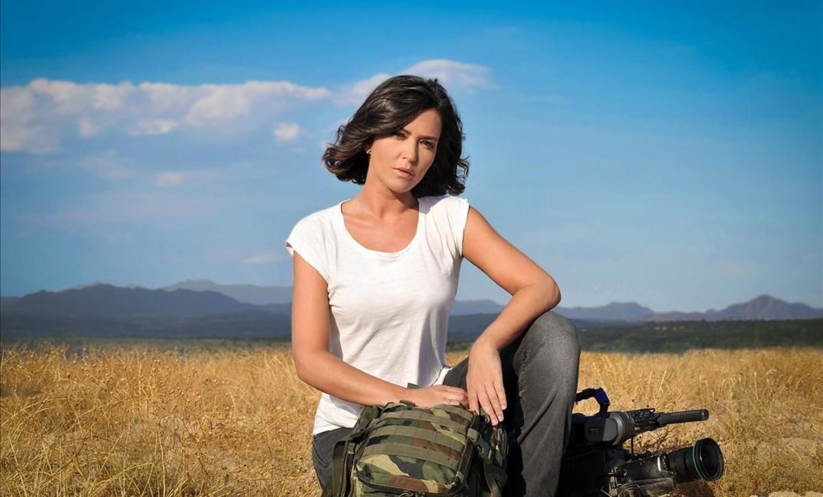 Alejandra Andrade, directora y presentadora de 'Fuera de cobertura' en Cuatro.