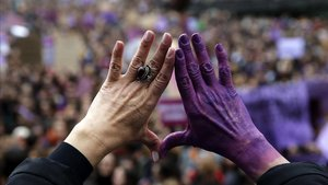 Més de 20.000 dones pateixen cada any assetjament sexual a la feina a Catalunya