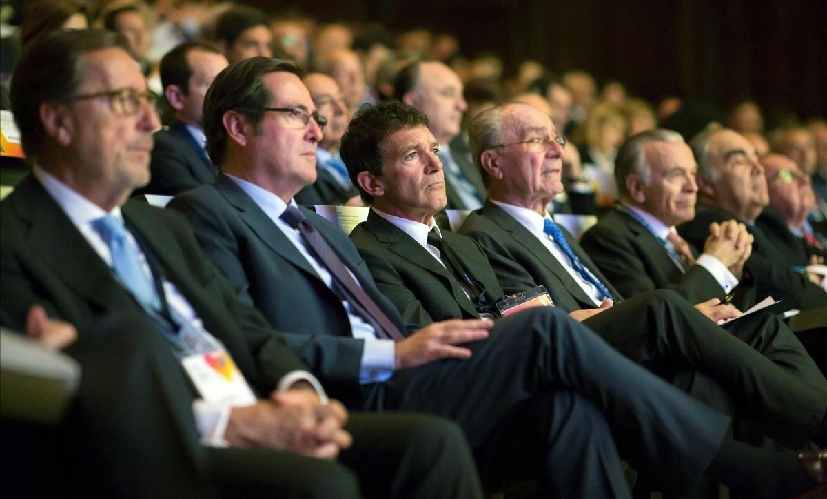 Los directivos piden reformas estructurales tras el 10-N