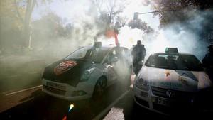 La vaga dels taxistes torna a deixar sense servei tot Espanya